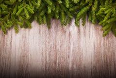 Fondo di Natale con i rami attillati Fotografie Stock