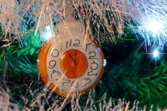 Fondo di Natale con la decorazione d'annata di natale fotografia stock