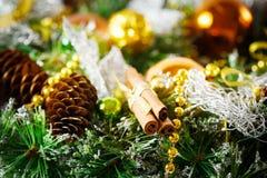 Fondo di Natale con la decorazione luminosa Fotografie Stock Libere da Diritti