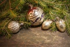 Fondo di Natale con le decorazioni d'annata Immagine Stock Libera da Diritti