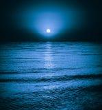 Fondo di notte di luce della luna Immagini Stock