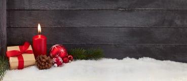 Fondo di panorama di Natale con la candela fotografia stock libera da diritti