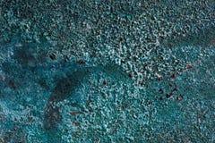 Fondo di rame ossidato Fondo blu di struttura Vecchio fondo indossato del metallo immagini stock