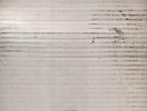 Fondo di struttura del cartone ondulato del bianco sporco fotografia stock libera da diritti