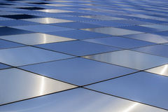 Fondo di struttura del metallo Reticolo architettonico astratto Piatti di metalli colorati Immagine Stock