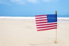 Fondo di U.S.A. di festa dell'indipendenza con la bandiera americana Immagini Stock