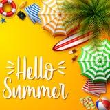 Fondo di vacanze estive nella sabbia gialla della spiaggia Vista superiore delle collezioni dell'elemento della spiaggia royalty illustrazione gratis