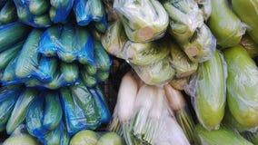 Fondo di vari generi di verdure verdi e bianche fotografia stock