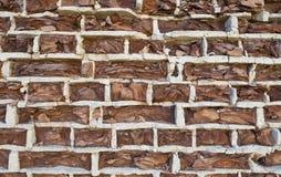 Fondo di vecchio muro di mattoni di sbriciolatura d'annata Fotografia Stock Libera da Diritti