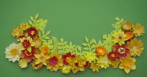 Fondo di verde del confine di concetto della decorazione del fiore del mestiere di carta Immagine Stock