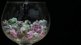 Fondo di vetro di buio dei soldi nessuno metraggio del hd video d archivio