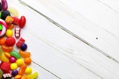 Fondo dolce di bianco della caramella immagine stock