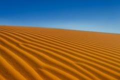 Fondo dorato della duna di sabbia Fotografia Stock