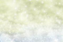 Fondo dorato di Natale con neve, Snwoflakes, stelle Fotografia Stock Libera da Diritti