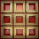 Fondo dorato dipinto nel rosso Immagine Stock