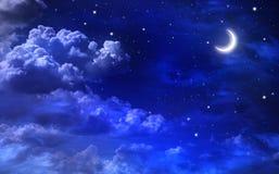 Fondo Dreamlike, cielo nocturno con las estrellas y luna stock de ilustración
