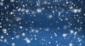 Fondo e neve blu di inverno Fotografie Stock