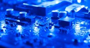Fondo elettronico del blu di tecnologia Fotografia Stock