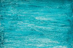 Fondo eterogeneo del turchese di mezzo tono luminoso con le strisce di acquamarina e di bianco fotografie stock