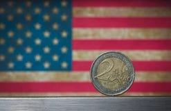 Fondo euro de la bandera americana de la moneda Foto de archivo libre de regalías