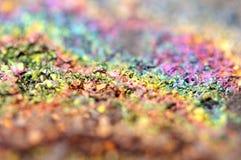 Fondo fantástico, magia de una piedra, arco iris en roca del metal Imagen de archivo libre de regalías