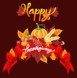 Fondo felice di celebrazione di ringraziamento Zucca, foglie, Rowan Berries, ghiande Immagini Stock Libere da Diritti
