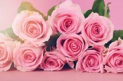 Fondo feliz de las rosas del rosa del día de madres Foto de archivo libre de regalías