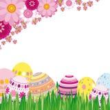 Fondo floral con los huevos de Pascua Fotos de archivo libres de regalías