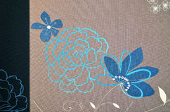 Fondo floral de los adornos del marrón de la cortina de ventana Imágenes de archivo libres de regalías