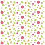 Fondo floreale, rosso, viola, arancia, giallo, fiori rosa, farfalla, foglie verdi, turbinii su bianco Immagini Stock