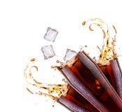 Fondo fresco de la bebida de la cola con el chapoteo imagen de archivo