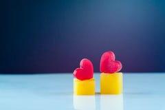 Fondo ghiacciato del cuore per la lettera romantica della carta del biglietto di S. Valentino Immagini Stock
