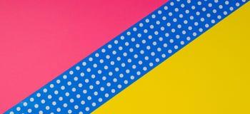 Fondo giallo, rosa e blu geometrico astratto della carta del pois Fotografia Stock Libera da Diritti