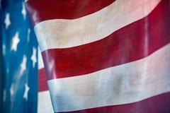 Fondo gigante di stelle e strisce della bandiera americana degli S.U.A. Immagini Stock