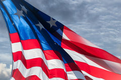 Fondo gigante di stelle e strisce della bandiera americana degli S.U.A. Fotografia Stock
