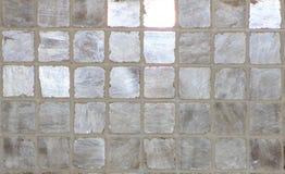Fondo gris y de plata de la baldosa cerámica Fotos de archivo libres de regalías