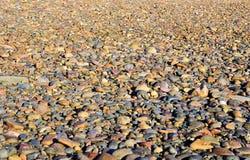 Fondo Guijarros del río multicolor fotografía de archivo libre de regalías