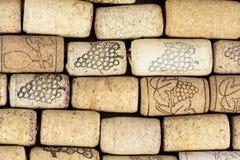 Fondo hecho de corchos del vino fotografía de archivo