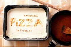Fondo hecho en casa de la pizza Imagenes de archivo