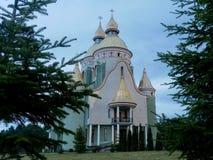 fondo hermoso del cielo nublado de la iglesia Fotografía de archivo