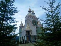 fondo hermoso del cielo nublado de la iglesia Fotos de archivo