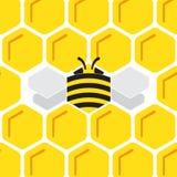 Fondo hexagonal del peine de la miel con la abeja estilizada Imágenes de archivo libres de regalías