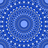 Fondo inconsútil abstracto floral ornamental del mano-dibujo azul espectral compuesto brillante con muchos detalles para el uso e libre illustration