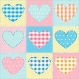 Fondo inconsútil con la tela de los corazones, remiendo Imagen de archivo