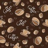 Fondo inconsútil con los granos y las tazas de café Imagen de archivo