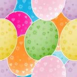 Fondo inconsútil con los huevos de Pascua coloridos Fotos de archivo libres de regalías