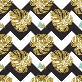 Fondo inconsútil de las hojas de palma de oro tropicales Imagen de archivo libre de regalías