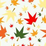 Fondo inconsútil del modelo de las hojas de arce de la caída del otoño stock de ilustración