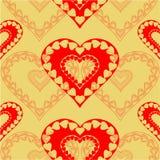 Fondo inconsútil del oro de la textura de los corazones rojos del día de tarjetas del día de San Valentín Imagen de archivo