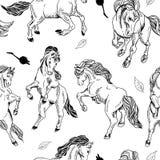 Fondo inconsútil dibujado mano con el caballo Fotos de archivo libres de regalías